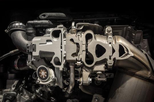 Mechanism of engine in a modern car