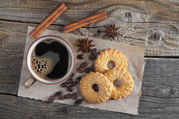 Coffee with shortbread cookies