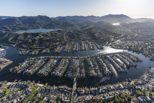 Aerial view of lakeside homes and street in the Thousand Oaks and Westlake Village communities in Southern California.