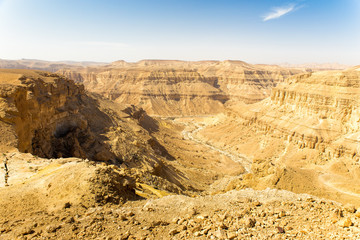 Fototapete - Desert deep canyon cliffs scenic landscape view.