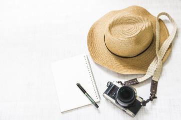 旅行 カメラ 休暇イメージ