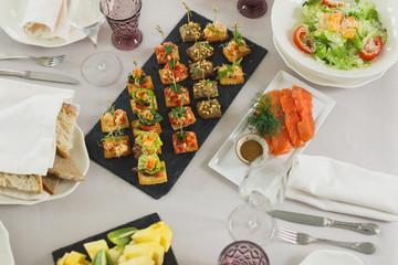 Elegant Dinner Setting - Fancy Dining Room Table Set