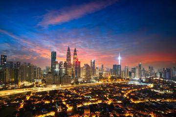 Papiers peints Kuala Lumpur Downtown district Kuala Lumpur city skyline, Kuala Lumpur Malaysia