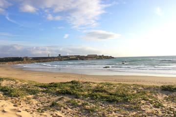 Strand Tarifa mit Blick auf die Isla de las Palomas