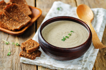 Mushrooms potato cream soup