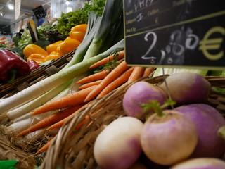 fruits et légumes étalage marché