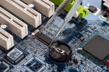 Fixing standard motherboard with microchips and schemes