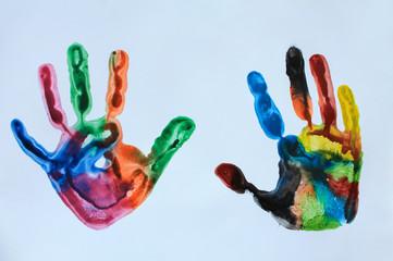 Отпечаток детской руки.