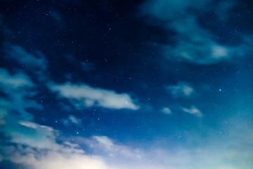 夜明け間際の星空 / 北海道美瑛町のイメージ