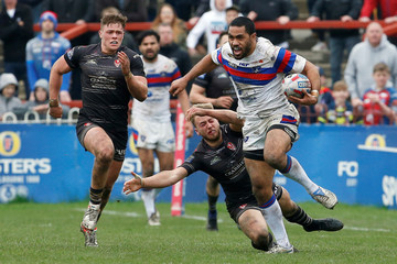 Super League - Wakefield Trinity vs St Helens