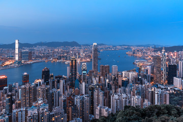 Fotomurales - Hong Kong city view from the Peak at twilight