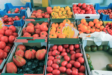 Fresh tomatoes on a market stall