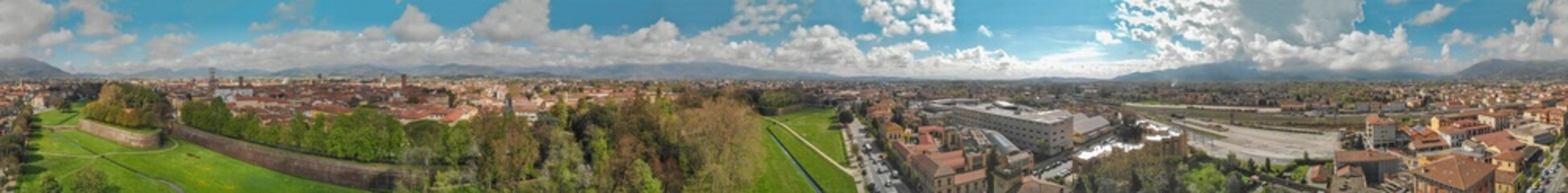 Foto op Canvas Lucca at sunset, Tuscany. Panoramic aerial view in Spring