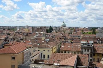 Vue générale d'Udine avec le duomo