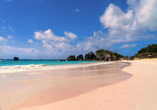 Beautiful Horseshoe Bay Beach on Bermuda's south shore.