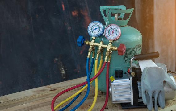 Air Conditioning Repair tool Pressure Gauge and Air Purifier