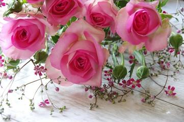 ピンクのバラ 花束