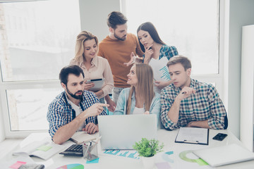 Attractive, stylish financiers in casual outfits trying to find solution, decision, solving problem, expressing opinion, mind, view, working on project, start up, presentation