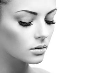 Wall Mural - Beautiful woman face. Perfect makeup. Beauty fashion