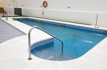 piscina exterior escalera casa 4M0A1779-f18