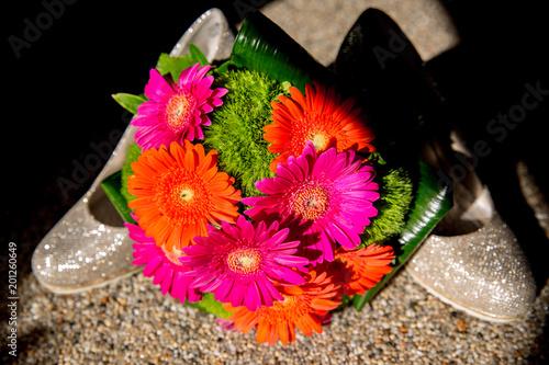 Bunte Blumen Fur Die Braut Zur Hochzeit Blumenstrauss Dekoration Mit