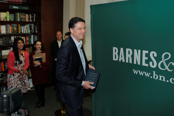 """Former FBI Director Comey arrives to speak about his book """"A Higher Loyalty"""" in New York"""