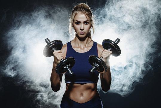 bodybuilding training woman