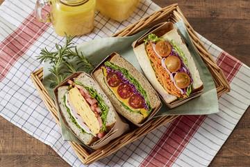 サンドウィッチ (sandwich)