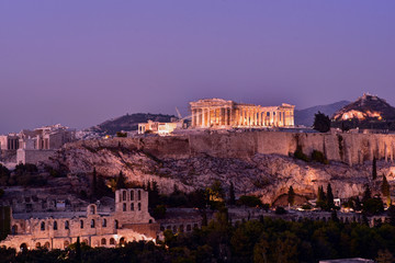 Keuken foto achterwand Bedehuis Panoramic Skyline of the capital city of Athens and the famous Acropolis Hill in Greece at dusk