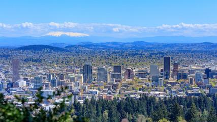 Portland cityscape from Pittock mansion, Oregon, USA