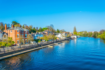 View of residential houses alongside river Dee in Chester, England Fotomurales