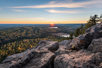 Sunset from the top of Teapot mountain - Prince George - British Columbia - Canada Fototapete