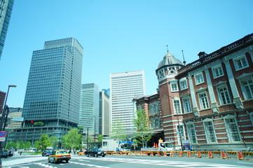 東京駅 丸の内 高層ビル