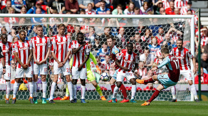 Premier League - Stoke City v Burnley