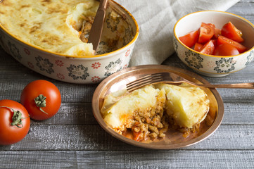 Shepherd's pie with minced meat and potatoes.