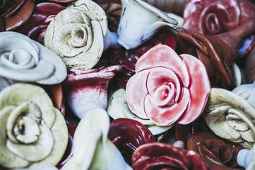 Roses en céramique, décoration de maison