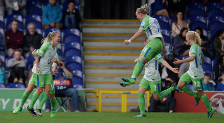 Women's Champions League Semi Final First Leg - Chelsea v VfL Wolfsburg