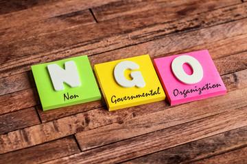post-it acronym : NGO