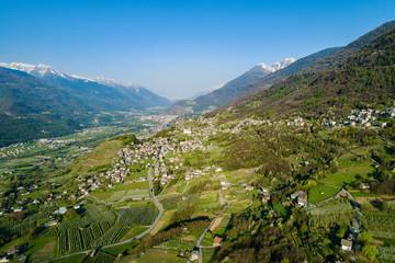 Media Valtellina (IT) - Vista aerea di Tresivio da Ponte in Valtellina