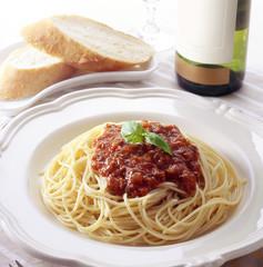 ミートソーススパゲティー (Spaghetti with meat sauce)