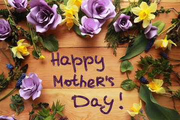Message for Mother's Day with lilac roses and daffodils