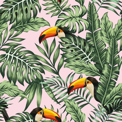 Photo sur Toile Botanique green jungle with toucan pink background