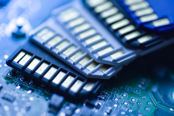 SD Cards with mainboard technical background