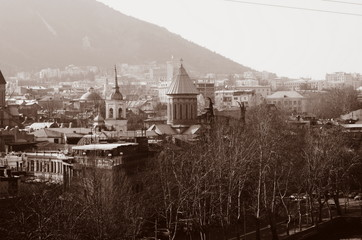 Fotomurales - View on Tbilisi city in sepia