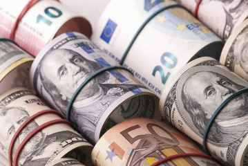 Dollar, euro banknotes