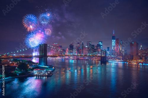 Wall mural New-York feux d'artifices du 4 juillet - Independance Day