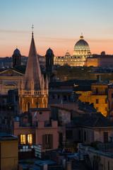 Canvas Print - Toits de Rome, Basilique Saint-Pierre. Italie