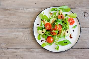 Avocado and tomatoes salad