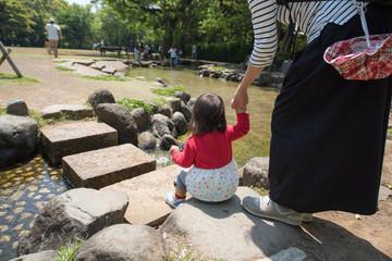 ・手・渡る・公園