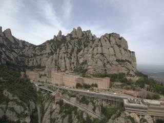 Drone en Montserrat, montaña y monasterio cercano a Barcelona en Cataluña (España) Fotografia aerea con Dron